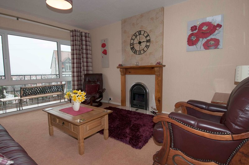 Town House with Views to Great Orme, WiFi, Smart TV, Balcony, location de vacances à Llandudno