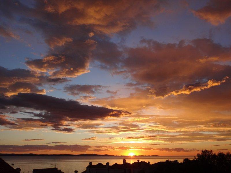 Vista de la puesta de sol desde el balcón