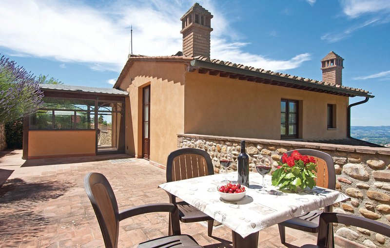 Apartment in Chianti - Florence, Tuscany (2-4 pax) gn, holiday rental in Tavarnelle Val di Pesa