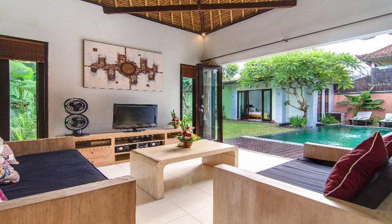 Villa 2 - 3 dormitorios con piscina Villa