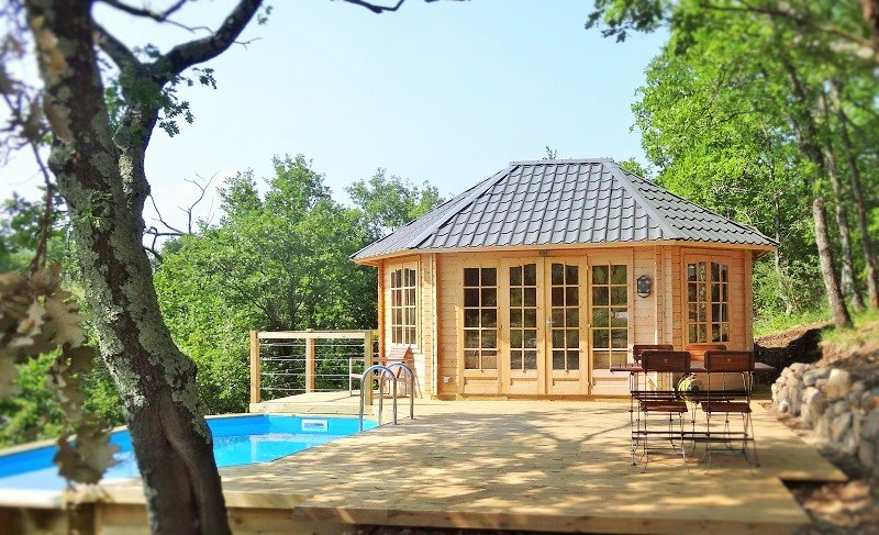 """The Vallon des Etoiles: cottage """"the refuge of the elves"""", by nature, private pool and Spa"""