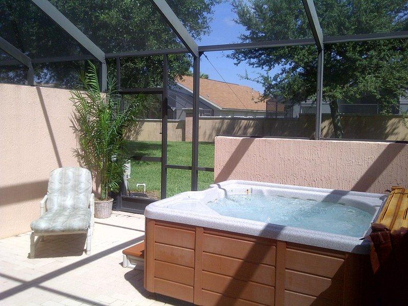 Private Hot Tub !!