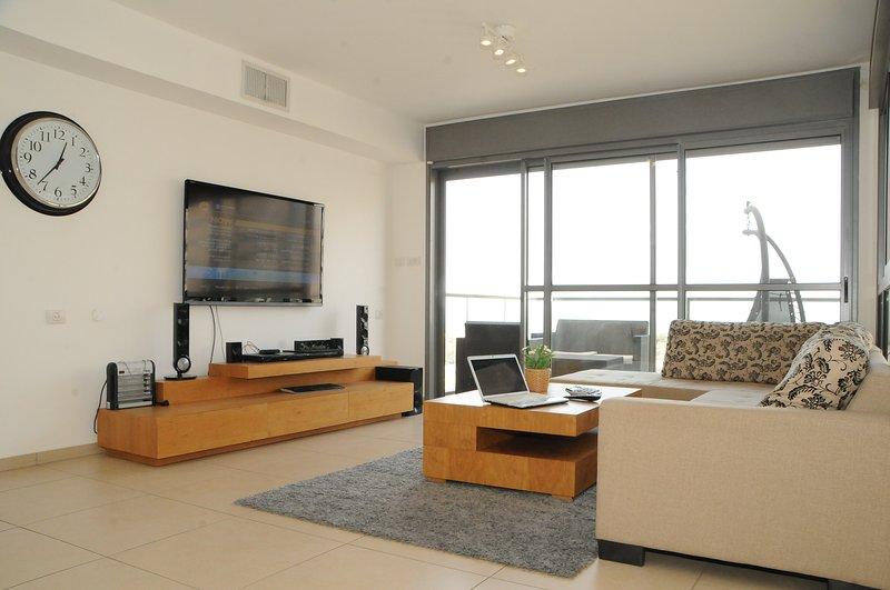 DREAM LUXURY FAMILY APARTMENT TEL AVIV OCEAN FRONT, location de vacances à Jaffa