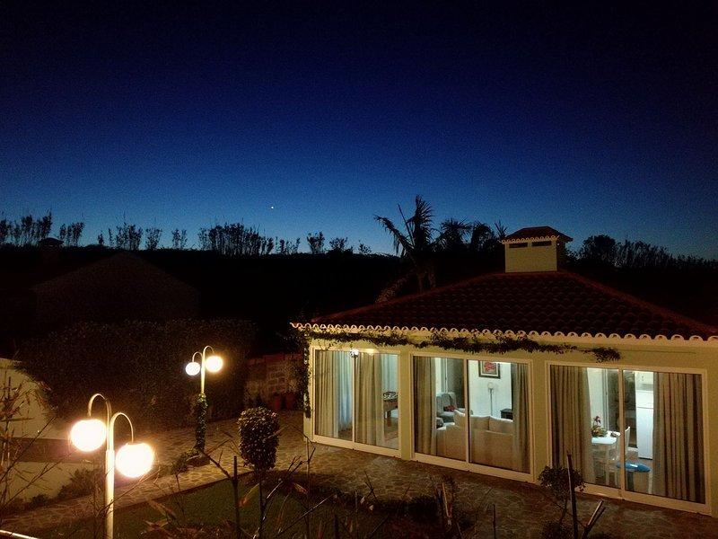 Casa da Ribeira Cottage, holiday rental in Porto Formoso