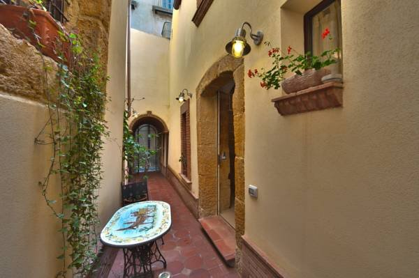 Residence Antico Baglio, vacation rental in Caltagirone