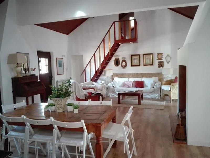 Herdade do Convento da Serra  CASA S -Lugar ideal para fins de semana ou férias, location de vacances à Santo Estevao