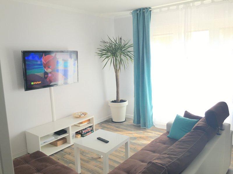 Appartement Saint-Raphaël plage, holiday rental in Saint-Raphael