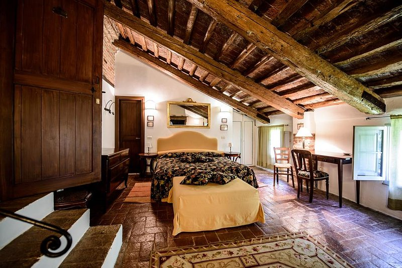 Comfortable bedroom in a farmhouse near to Venice, holiday rental in Crespino