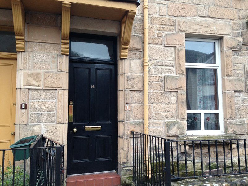 Victorian Apartment Inverness City Centre, vacation rental in Inverness