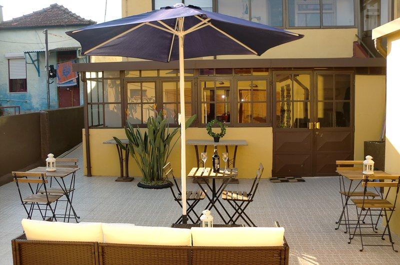 The Yellow House 3, location de vacances à Canidelo