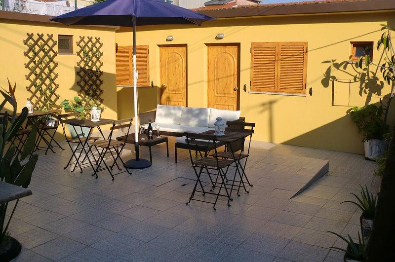 The Yellow House, location de vacances à Canidelo