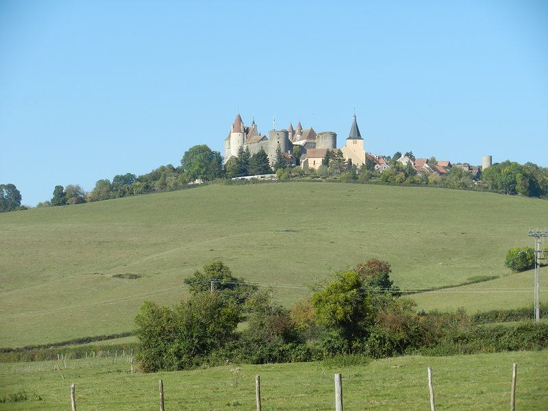 And castles!  Shown here is famed Châteauneuf, 30 min from Chez Peshi