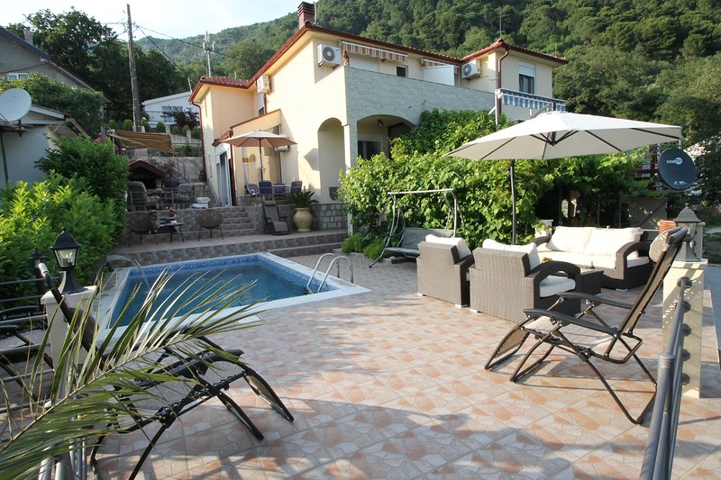 Holiday home Mendule with pool and large garden is situated in Budva in quiet area and has fantastic