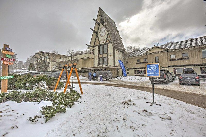 Boyne Mountain Resort   Walk to Lifts