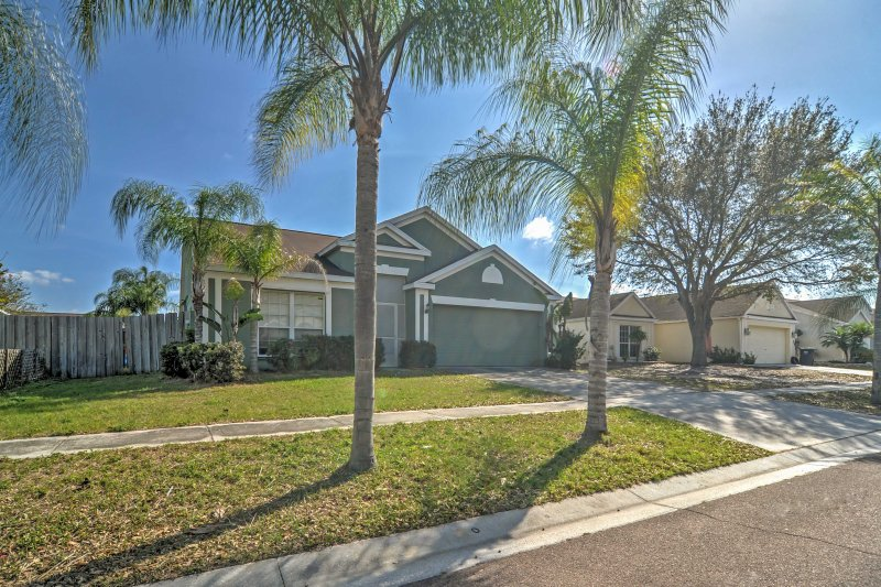 Escape to this 3-bedroom, 2-bathroom vacation rental house in Apollo Beach for the perfect getaway!