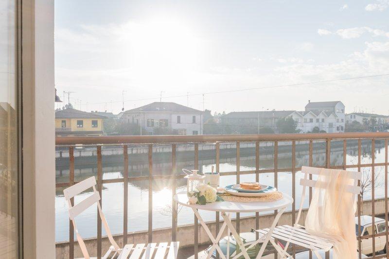 Appartamento con balcone sul fiume Po - Gabbiano, holiday rental in Crespino