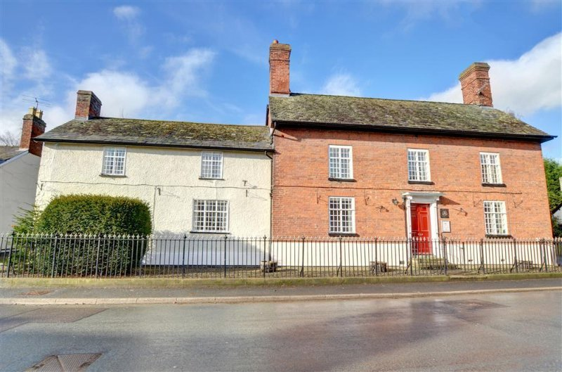 Old Brick House (WAA383), holiday rental in Bishops Castle