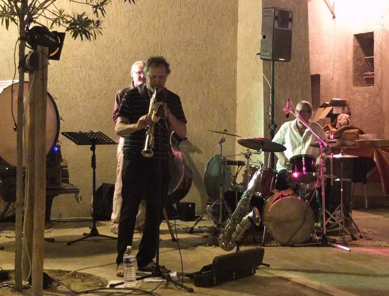 Jazz all'aperto, place de la Chapelle in estate