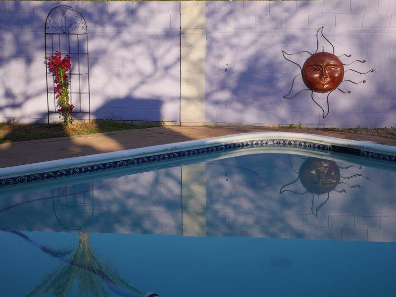 Happy hour a bordo piscina.