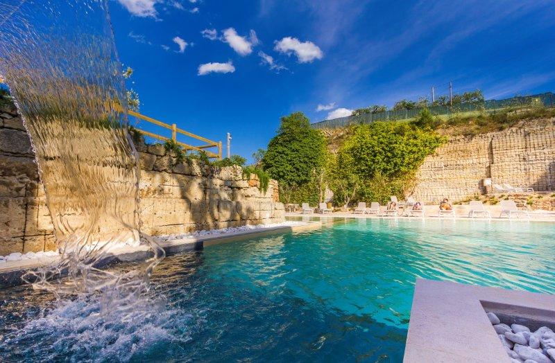 Dimora La Cava 4pax, vacation rental in Nardo