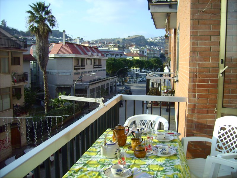 Spacious apt near the beach & Wifi, vacation rental in San Benedetto Del Tronto