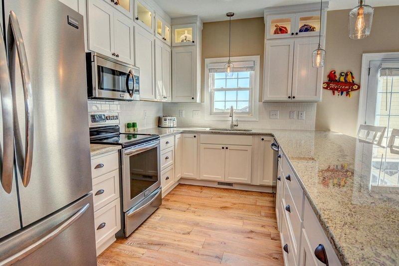 Beautiful fully stocked Kitchen.
