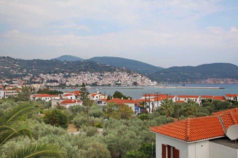 Finikas Apartments 'View