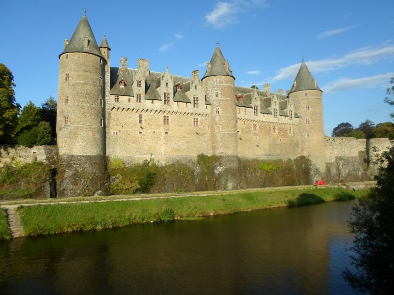 The Chateau at Josselin, about 25 minutes away. Guided tours in english , frech and spanish.