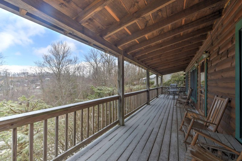 Enjoy mesmerizing sunsets from the private deck while staying at this cozy vacation rental cabin in Boone, North Carolina!