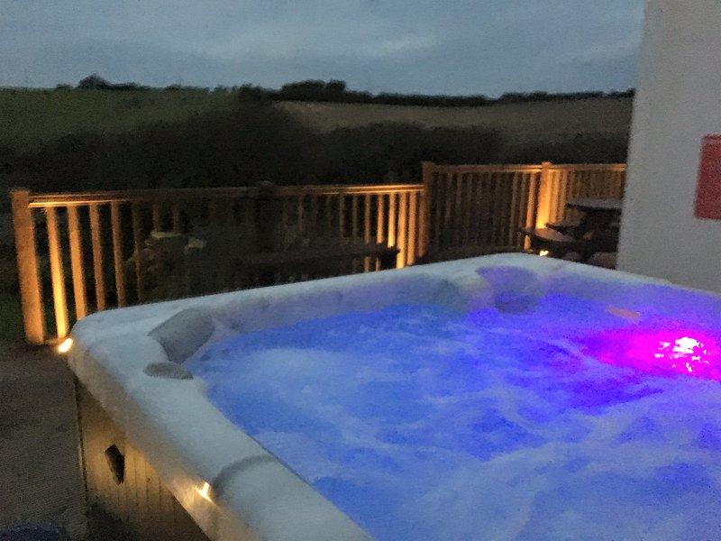 Bañera de hidromasaje con el cambio de luces!