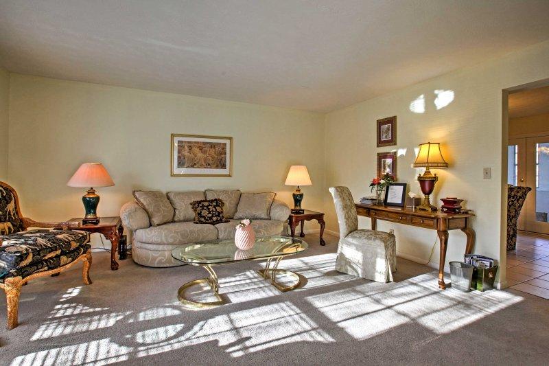 Trova la tua casa lontano da casa in questa residenza cittadina in affitto a Marietta!