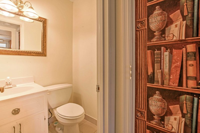 This townhome features 2.5 bathrooms for you to use during your stay.