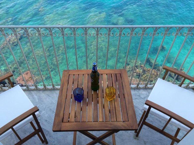 balkong på klipporna