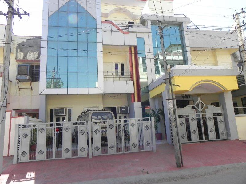 Neeraj Vilas - Guest House, holiday rental in Durgapura