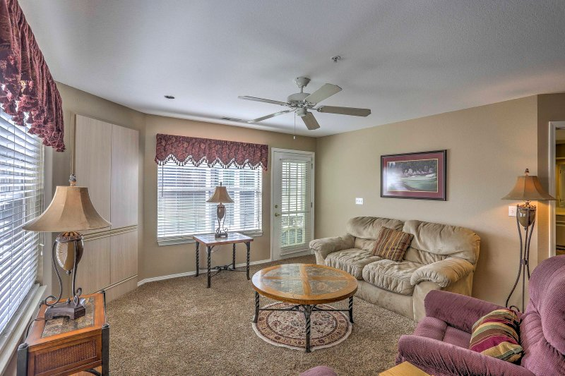 Plan your next Branson getaway and stay at this 2-bedroom, 2-bathroom vacation rental condo!