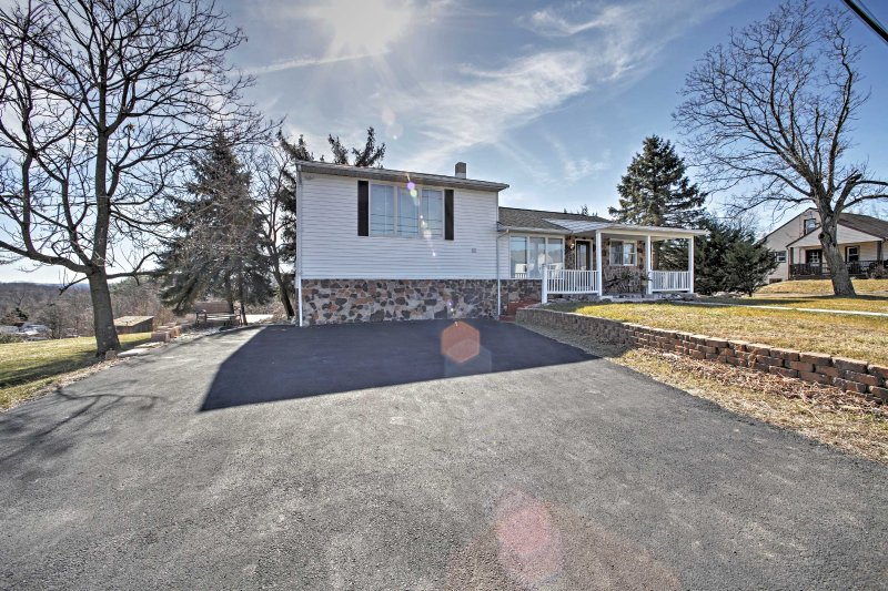 Book this beautiful vacation rental house for the ultimate Hummelstown  getaway!