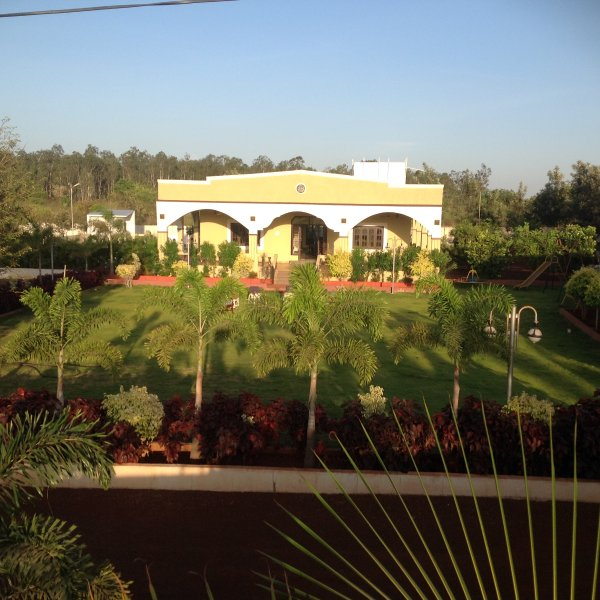 Farm house - 4 acre estate for rent at Manneguda, holiday rental in Ranga Reddy District