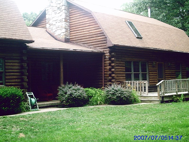 Country Log Cabin, vacation rental in Hampstead