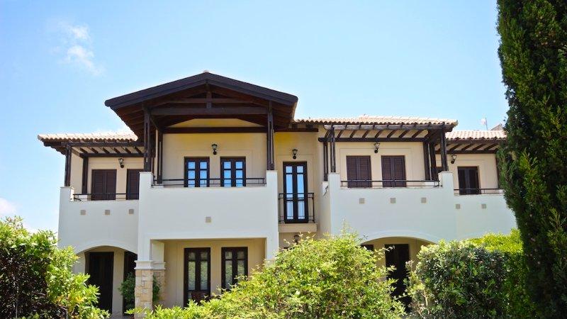 Aphrodite Hills.        2 Bedroom Apartment, Helios Heights., vacation rental in Kouklia