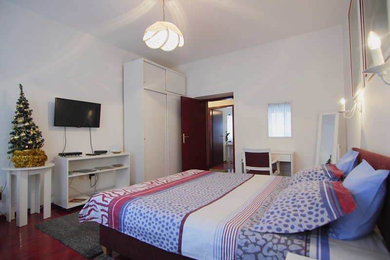 White apartment, holiday rental in Belgrade