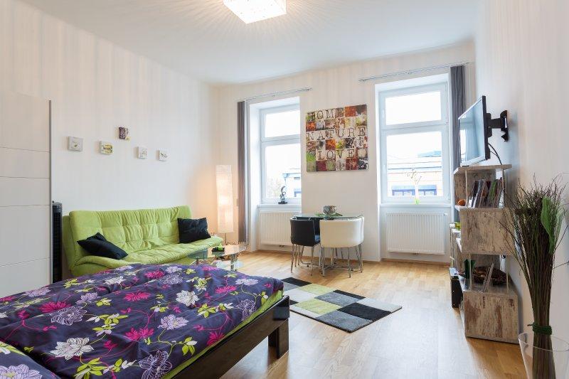 Ferienwohnung nähe Prater,Augarten und Donauinsel, holiday rental in Gerasdorf bei Wien