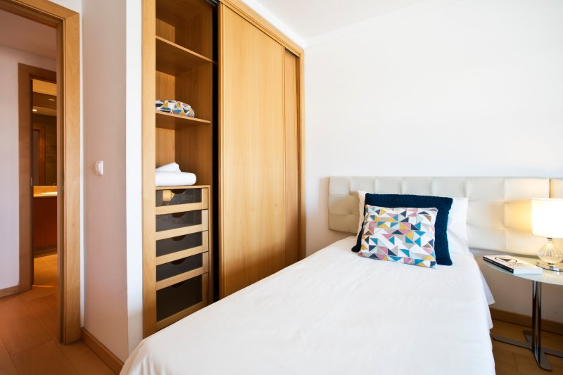 Quarto com 2 camas ou uma cama king size e ar condicionado