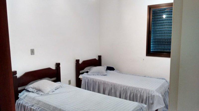 Chambre 2-2 lits avec un lit double et un jumeau - lorsque la photo a été prise avait pas un lit double