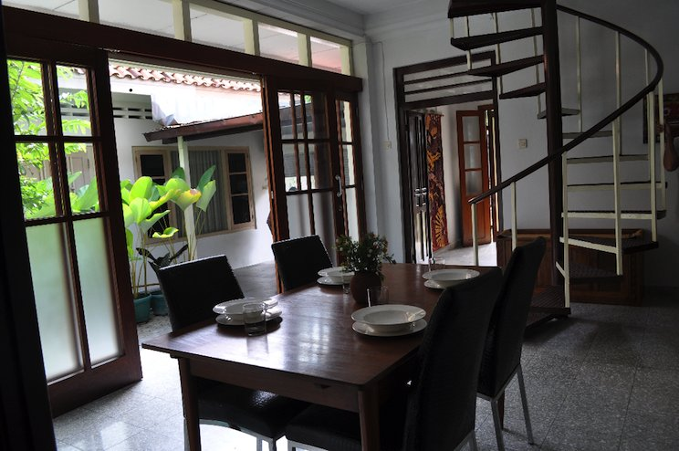 Bale Pandoem Townhouse (Guesthouse), holiday rental in Pleret