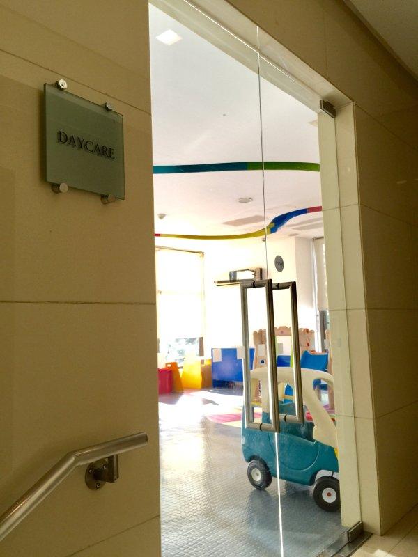 Garderie à proximité de la salle de jeux et salle de musique