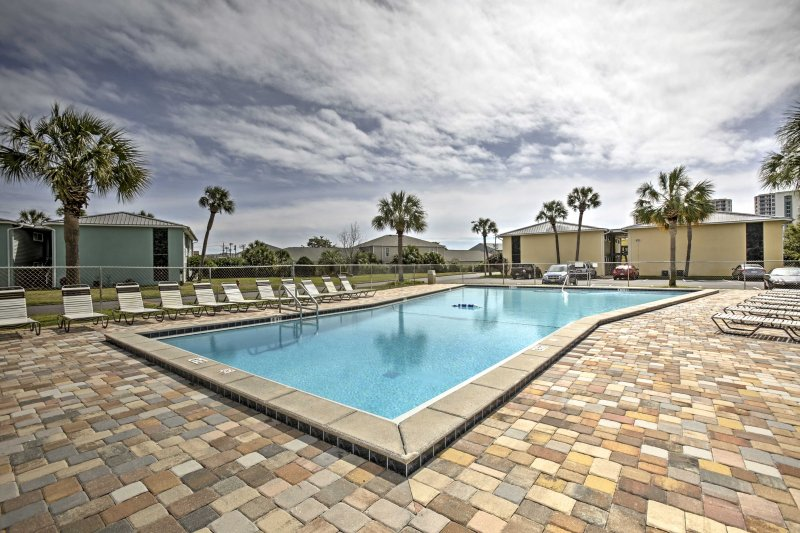 Lounge by the pool or swim in ocean waters when you stay at this 1-bedroom, 1.5 bathroom vacation rental condo in Destin!