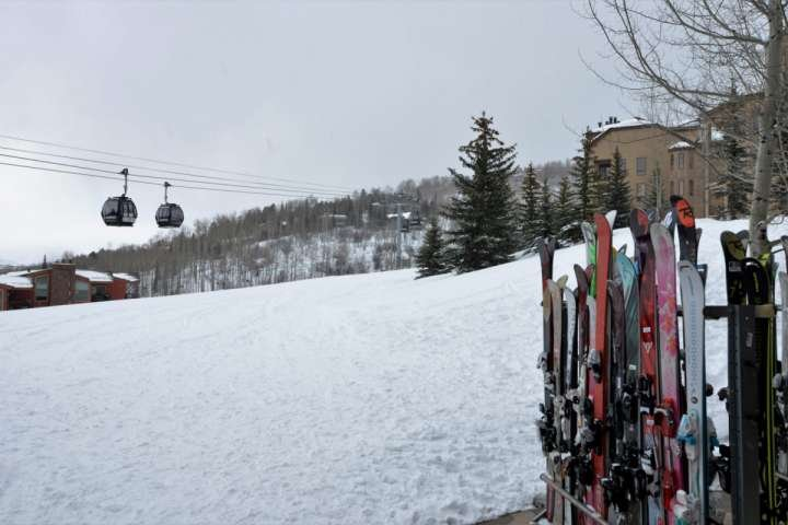 El Crestwood está tan bien situado se puede esquiar de nuevo a su condominio para un almuerzo rápido.
