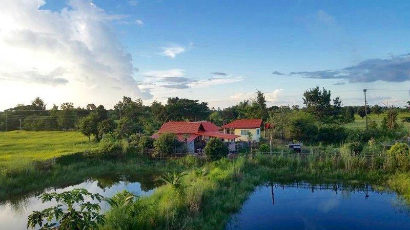 V2T Village