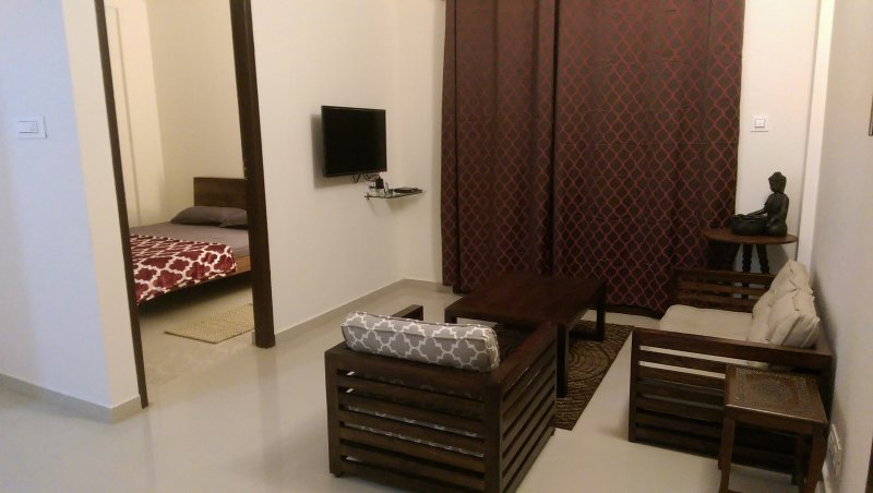 TRANQUIL SERVICED APARTMENTS - A Zen inspired Cozy 1bhk flat, holiday rental in Bengaluru