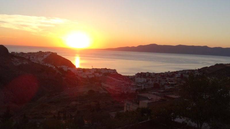 New build 6 persons Apartment near the Beach and Center., holiday rental in Al Hoceima